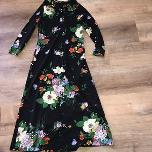 Vintage 1960's or 1970's floral dress